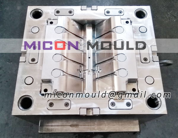 medical instruments mould